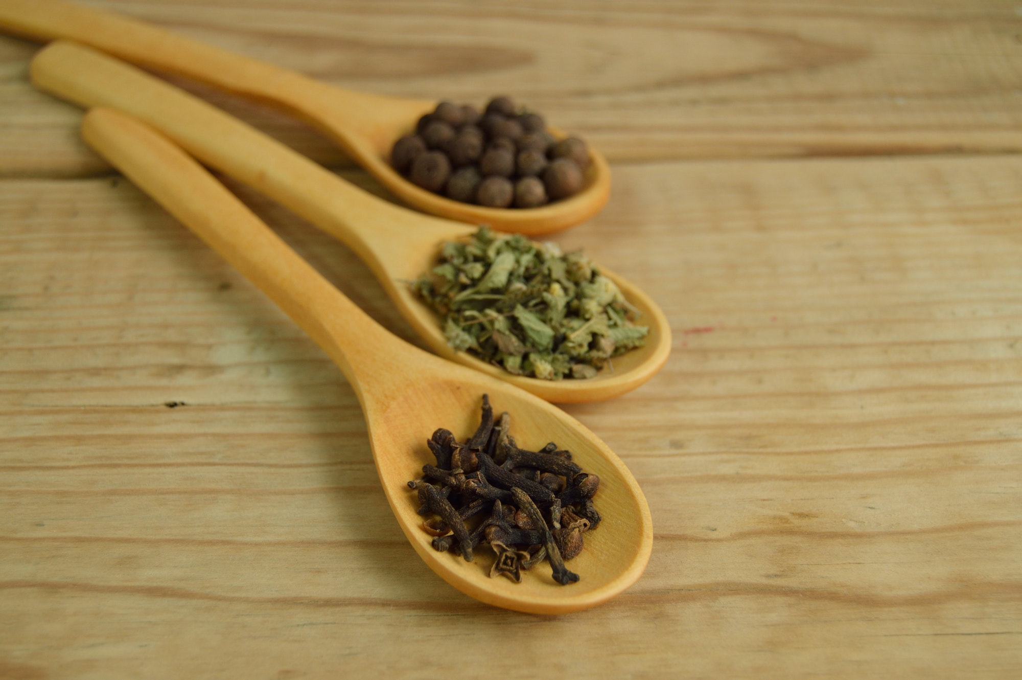 Chronic Pain Natural Remedies To Try | Health | Elle Blonde Luxury Lifestyle Destination Blog
