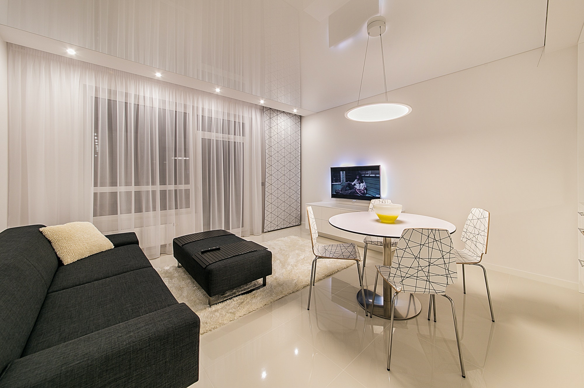 City Centre Apartment Privacy | Home Interiors | Elle Blonde Luxury Lifestyle Destination Blog