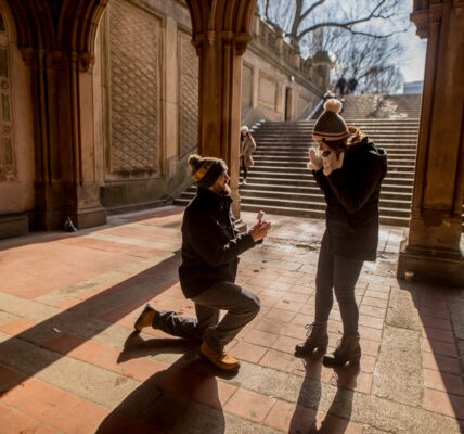 5 Unforgettable Romantic Holiday Proposal Ideas | Relationships | Elle Blonde Luxury Lifestyle Destination Blog