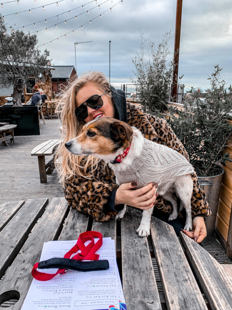 Laura and Ziggy at The Ship's Cat North Shields | Elle Blonde Luxury Lifestyle Destination Blog