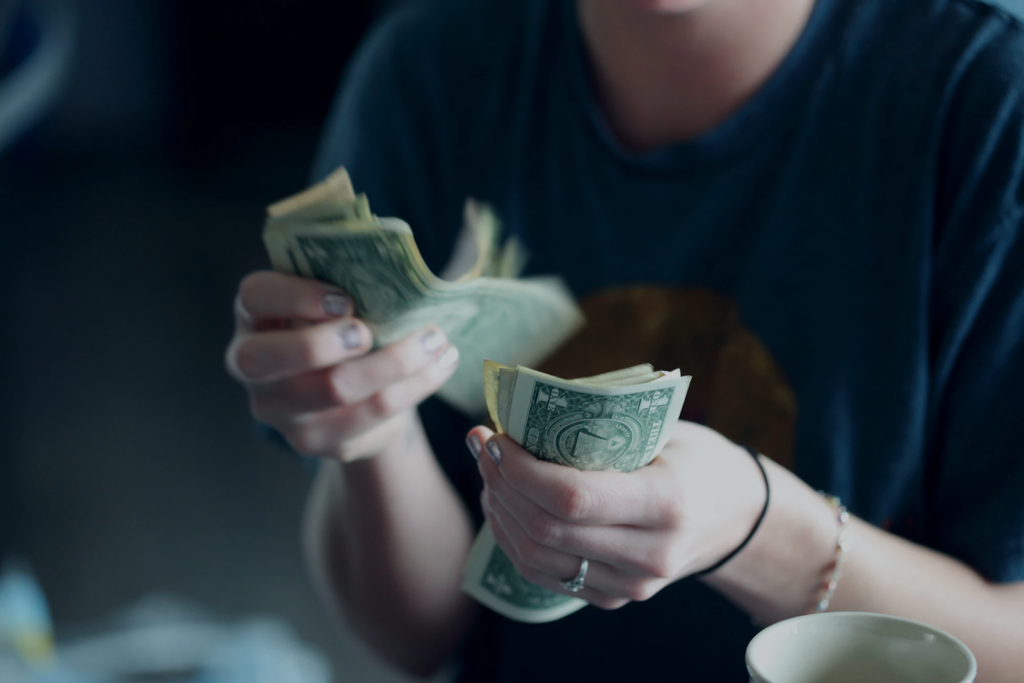 4 Unique Ways to Get a Source of Extra Income 1