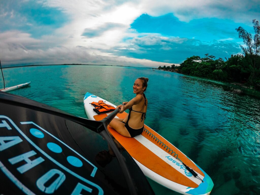 7 Essential Things You Will Need if You Want to Try Paddleboarding | Sport & Fitness | Elle Blonde Luxury Lifestyle Destination Blog