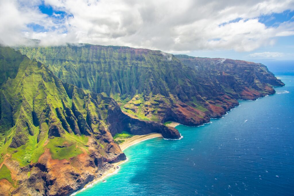 Top 6 Places You Should Not Miss When Visiting Hawaii   Travel Guide   Elle Blonde Luxury Lifestyle Destination Blog