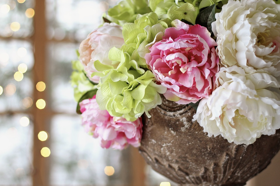 5 Easy Summer Decorating Ideas | Home Interiors | Elle Blonde Luxury Lifestyle Destination Blog