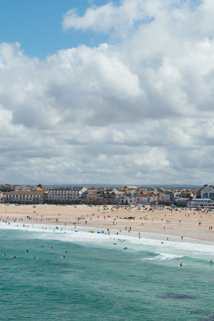 St Ives beach | | Top 5 incredible places to visit on your Cornwall staycation | Travel Tips | Elle Blonde Luxury Lifestyle Destination Blog