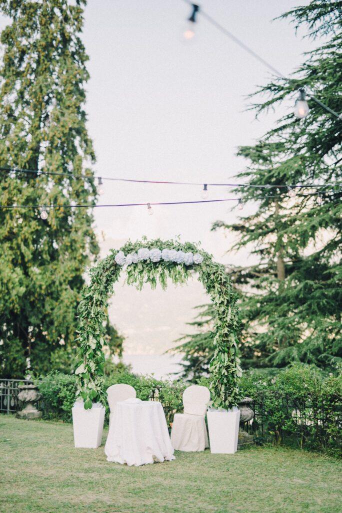 Wedding arch |8 Beautiful Ways to Use Satin Ribbons in Weddings | Wedding Tips | Elle Blonde Luxury Lifestyle Destination Blog