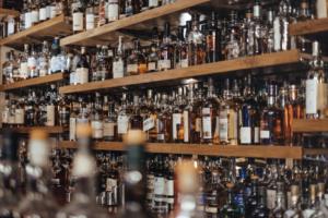whisky shelf life: how long does it lasts? | Food & Drink | Elle Blonde Luxury Lifestyle Destination Blog